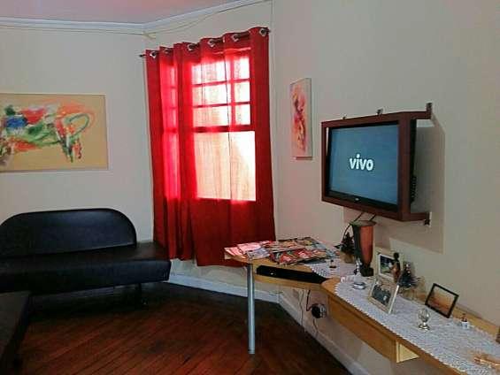 Casa masculina com quartos compartilhados no ipiranga